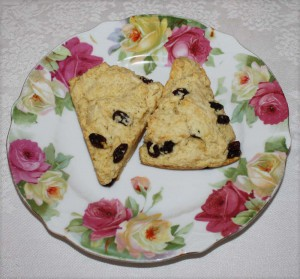 scones on rose plate.sm